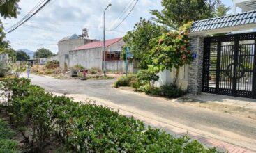 Mặt tiền lô góc TĐC 15ha trung tâm thị xã Phú Mỹ nhìn từ Công viên